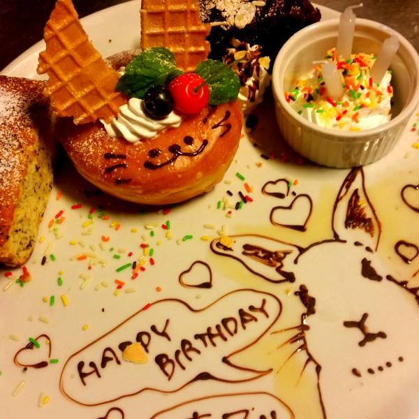 roku cafeで大人気の記念日プレート☆