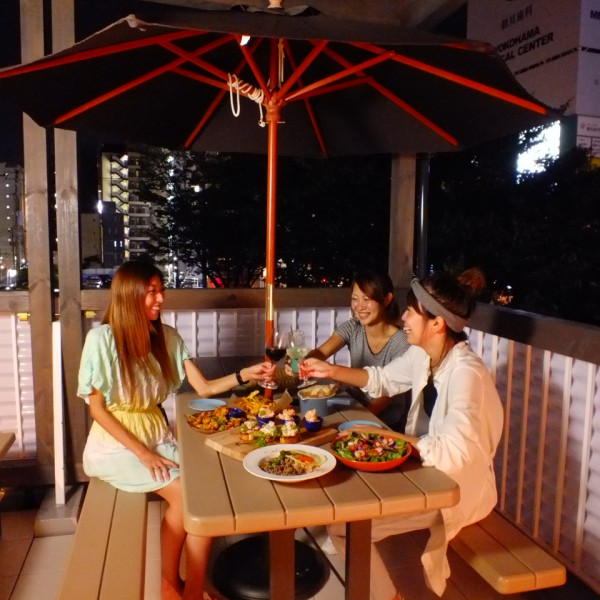『テラスパーティー』 ルーフトップカフェ 横浜